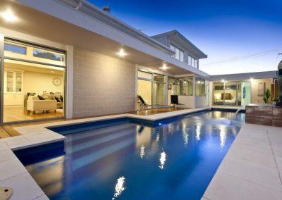 Compass-Pools-Australia_Fastlane-Fibreglass-Swimming-Pools-Installation-04-1024x670