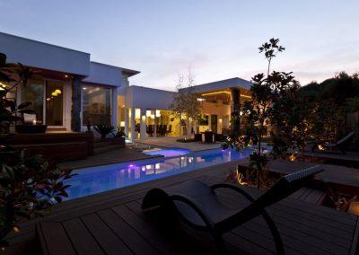 Compass-Pools-Australia_Fastlane-Fibreglass-Swimming-Pools-Installation-06-1024x670