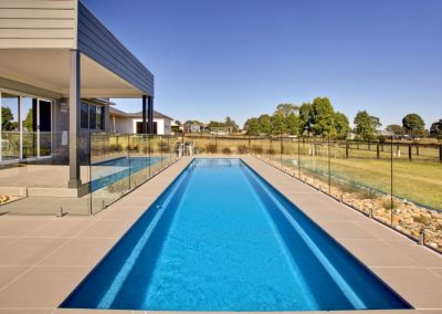 Compass-Pools-Australia_Fastlane-Fibreglass-Swimming-Pools-Installation-07-1024x670