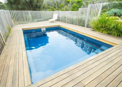 Compass-Pools-Australia_Plunge-and-Courtyard-Fibreglass-Swimming-Pools-Installation-06-1024x670
